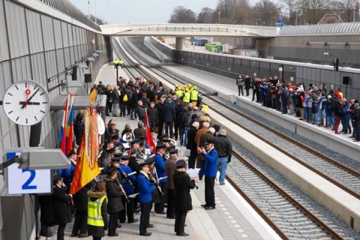 Opening nieuwe treinstation Nijverdal.