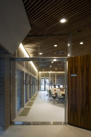 interieur gemeentehuis heerhugowaard hans van heeswijk architecten