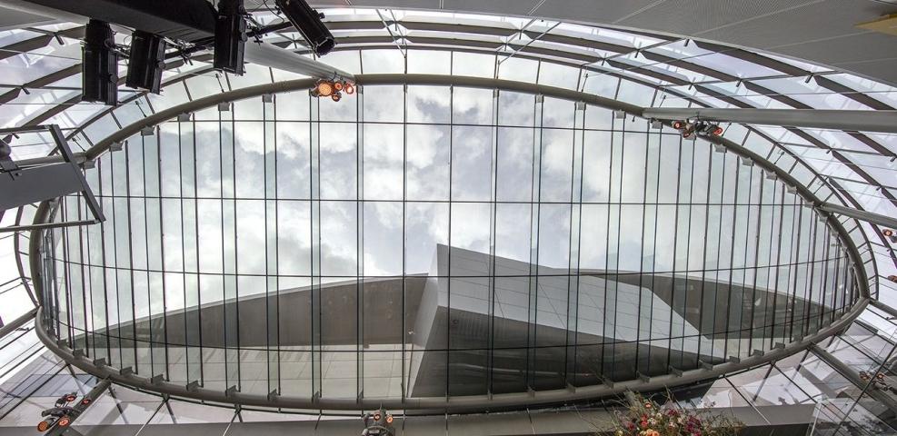 Entreegebouw Van Gogh Museum genomineerd voor de Glass Award 2016.